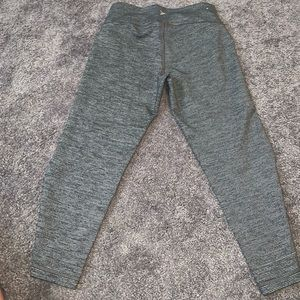 Old navy leggings. Great condition!!
